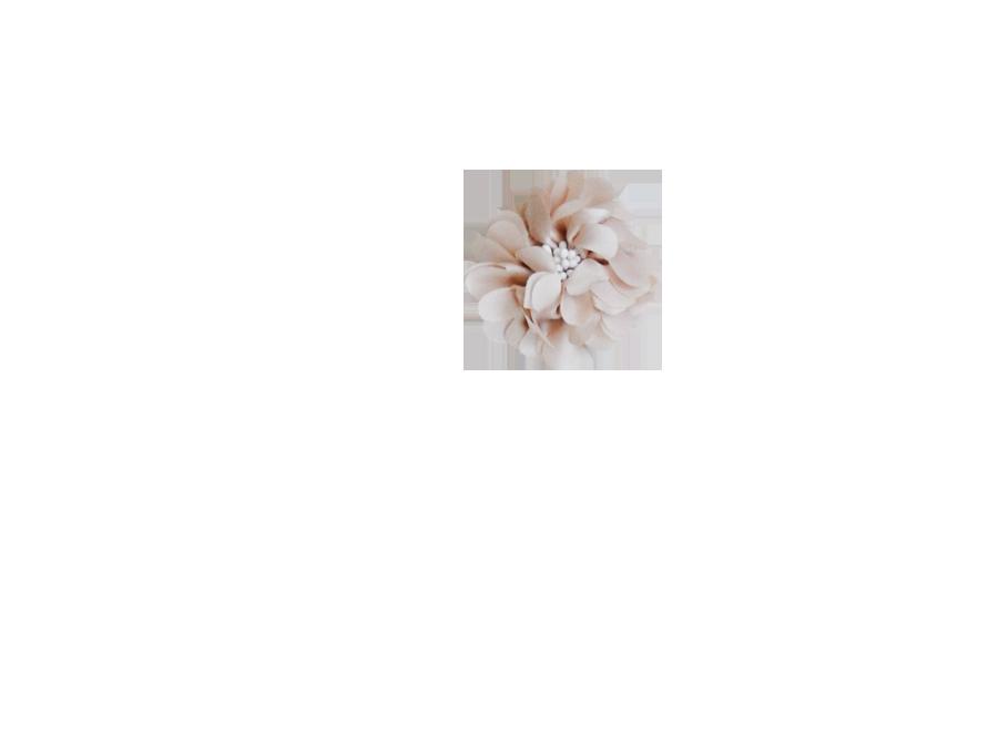 Fleur pistil nude
